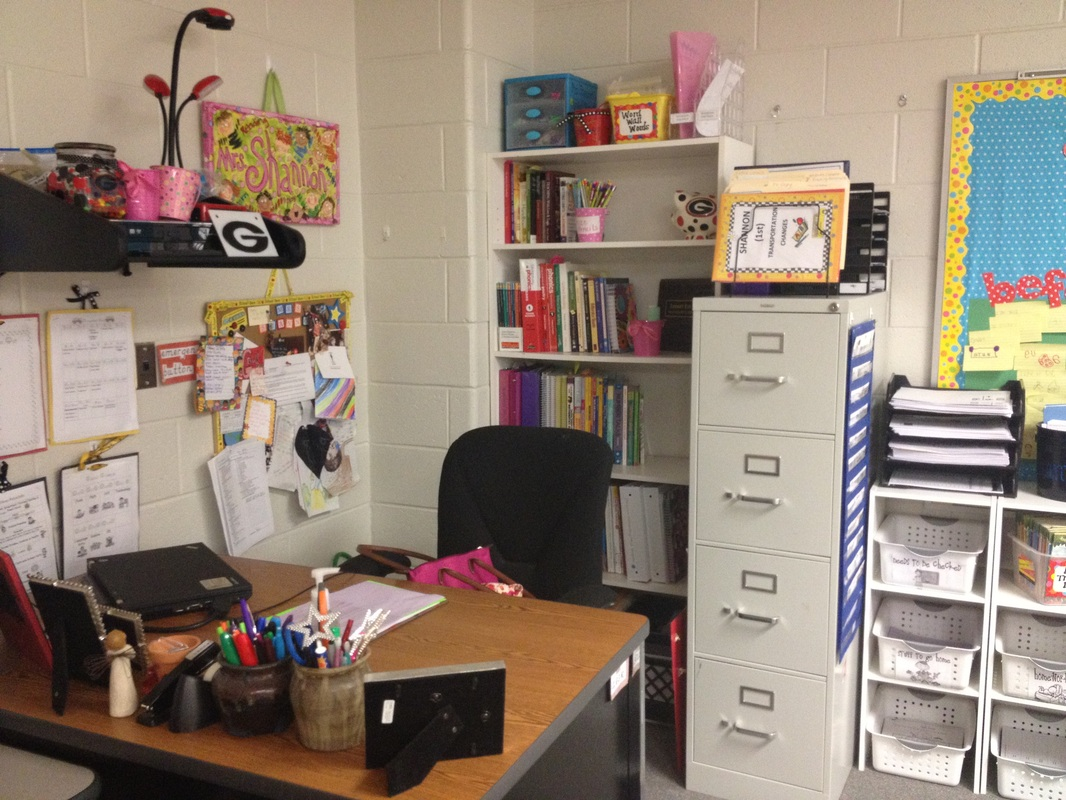 Organization mrs shannon 39 s math class - Classroom desk organization ideas ...
